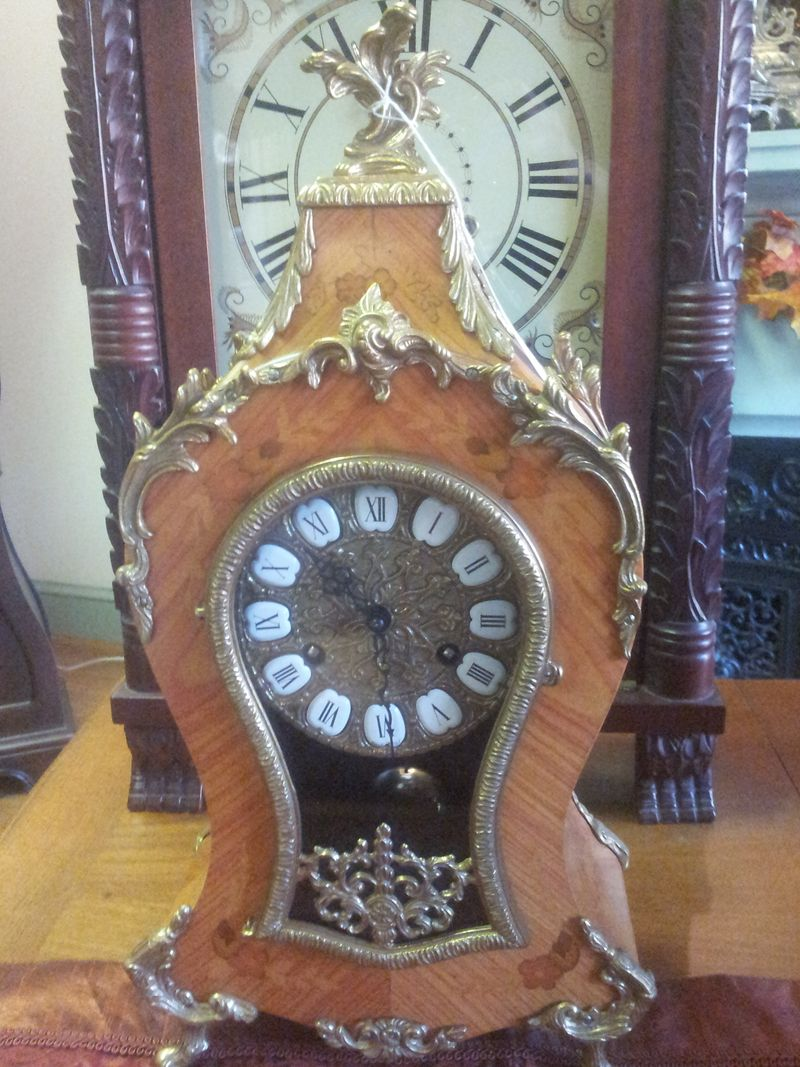 Jewel-box clock